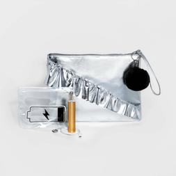 New with Tags T-Shirt & Jeans Women's Pouch Silver w/ Phone